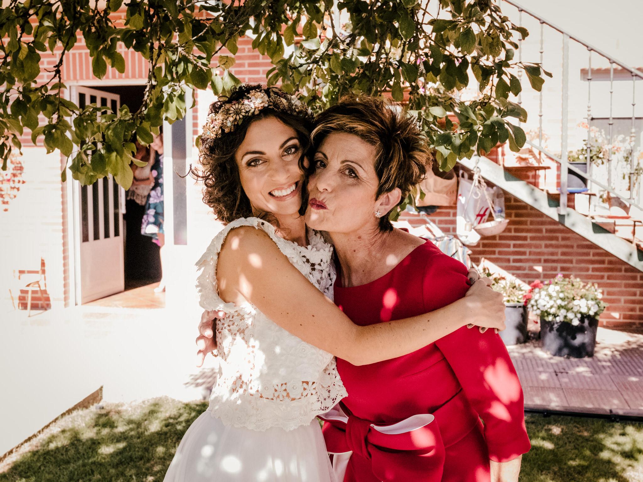 novia-y-madre