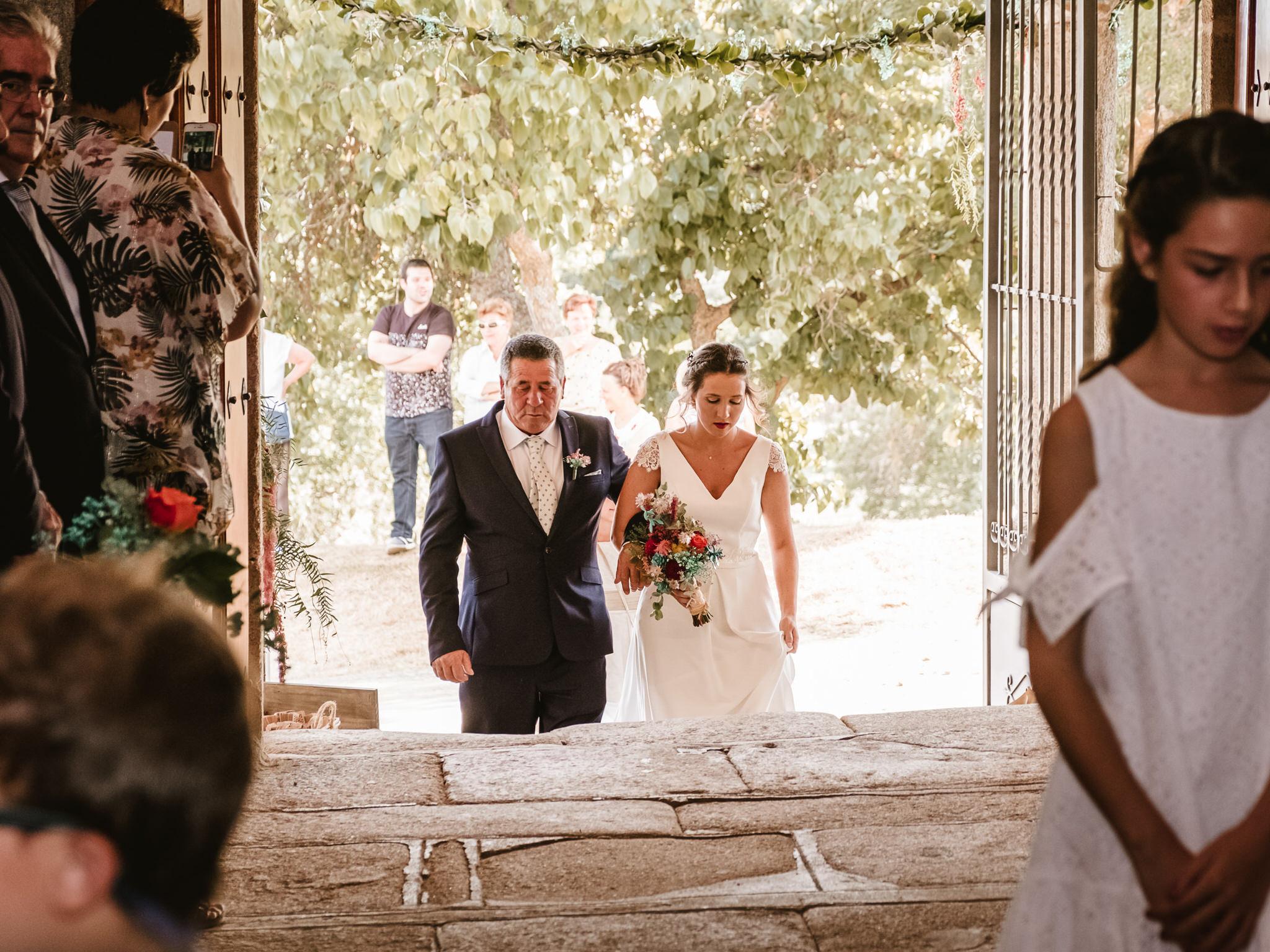 entrada-novia-padrino